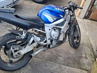 Yamaha R6 2002 for Sale in Vancouver,  WA