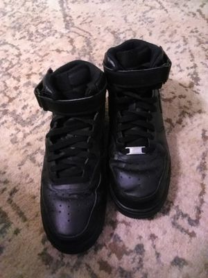 Nike Men's Air Force 1 Mid '07 Black/Black Size 9 for Sale in Bellview, FL