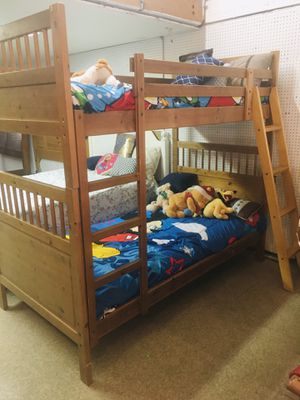 Twin size bunk bed 🛌 for Sale in Orosi, CA