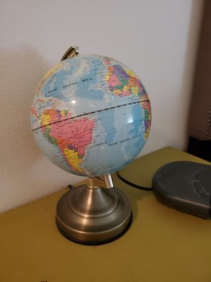 Touch Globe Lamp for Sale in Los Angeles, CA