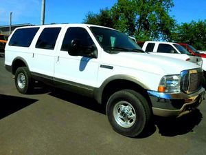 😃👍 2000 Ford EXCURSION LIMITED 4 WHEEL DRIVE Sport Utility! CLEAN! for Sale in Riverbank, CA