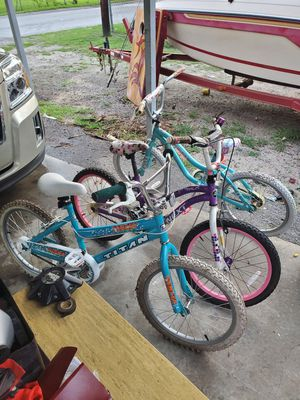 3 kids bicycles for Sale in Cayce, SC