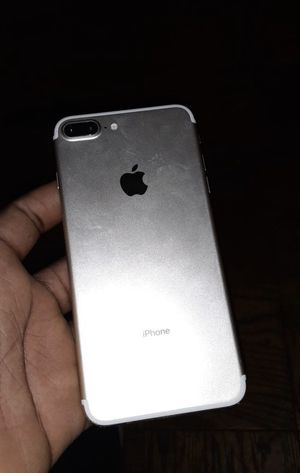 iphone 7 plus cracked screen for Sale in Mount Rainier, MD