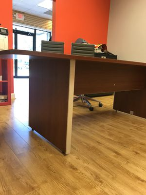 OFFICE FURNITURE FOR SALE for Sale in Fairburn, GA