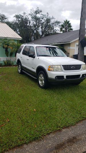FORD EXPLORER XLT 2004 for Sale in Winter Haven, FL