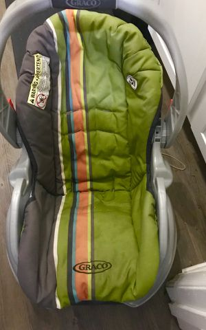 Graco Infant Car Seat for Sale in Decatur, GA