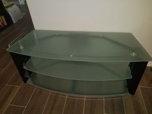 3 tier TV stand for Sale in West Palm Beach, FL