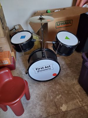 •S262• First Act DISCOVERY child's drum set for Sale in Fountain, CO