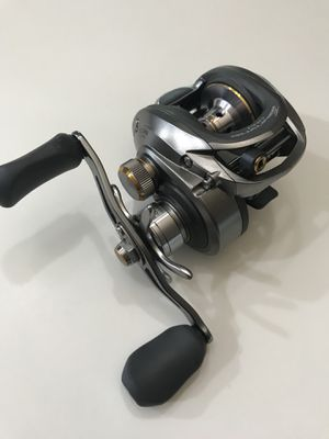 NEW Bass Pro Shops Pro Qualifier 2 baitcaster fishing reel for Sale in Alvin, TX