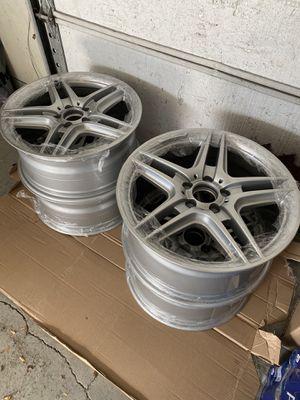 Mercedes Benz AMG Wheels 18' OEM for Sale in La Grange, IL