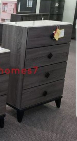 brand new 4 drawer chest for Sale in Fontana, CA