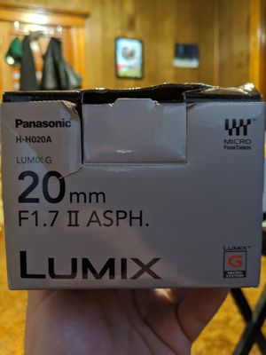 Panasonic lumix G95 with 1.8 lens for Sale in Meriden, CT