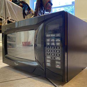 Whirlpool Microwave for Sale in Deerfield Beach, FL