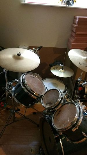 Drum set. We paid $600 asking $400. Or trade me with new dewalt planer dw734. for Sale in Seattle, WA
