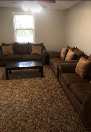 Sofas and table for Sale in Nashville, TN