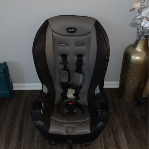 Car Seat + Booster Seat for Sale in Whittier, CA