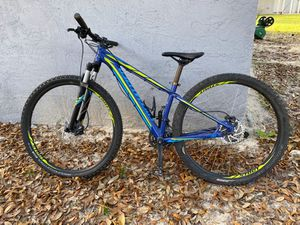 2016 specialized rockhopper 29r. Mountai bike for Sale in NEW PRT RCHY, FL