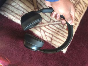 Solo Pros Beats (Bluetooth) for Sale in Bakersfield, CA