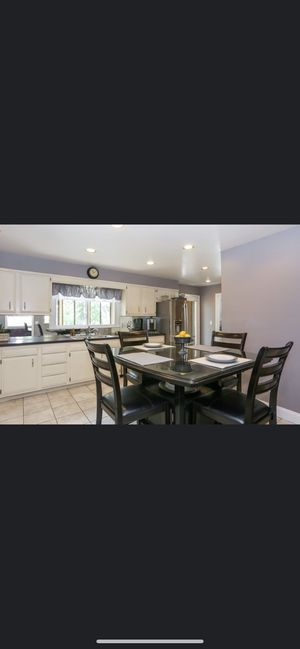 Kitchen table for Sale in Rye Brook, NY