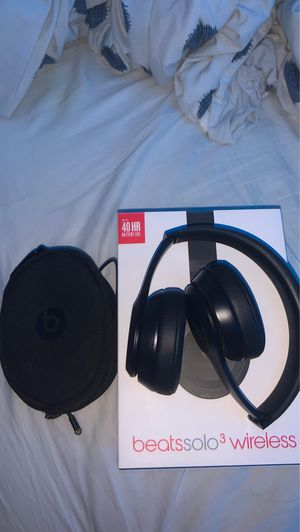 beats solo 3 wireless for Sale in Annandale, VA