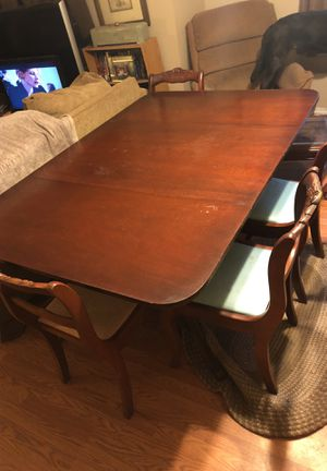 Tell City Dining Room Table with 8 Carved Roses Mahogany Chairs-Duncan Phyfe (authentic Auntique) for Sale in Columbia, SC