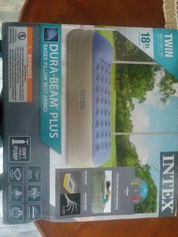 Dura beam plys air mattress for Sale in Sanford,  NC