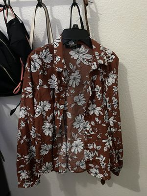 Button Up Forever 21 Size S for Sale in Brawley, CA