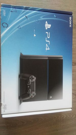 Brand new 500gb PS4(No Trades FIRM PRICE!!)w/3games OFFER WHEN READY TO PICK UP for Sale in San Diego, CA