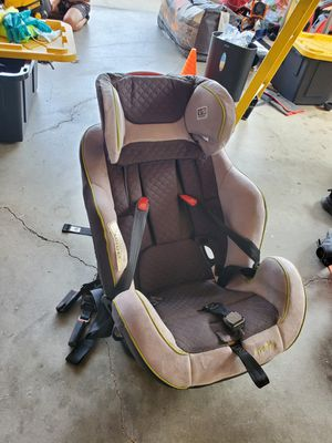 Evenflo Car Seat for Sale in Salinas, CA