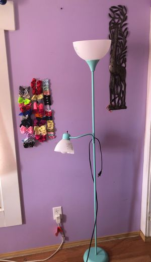 Floor lamp for Sale in Independence charter Township, MI