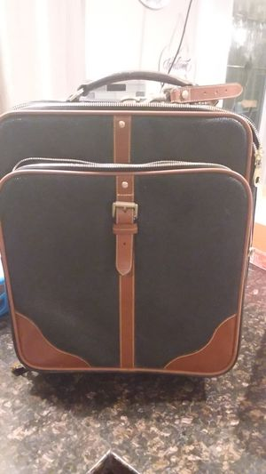 Nice mulberry luggage in great condition for Sale in Vancouver, WA