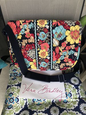 Vera bradley bag/ messenger bag/ computer bag for Sale in San Antonio, TX