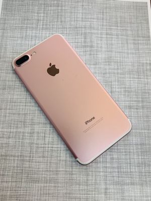 Factory unlocked iphone 7 plus 32gb for Sale in Cambridge, MA