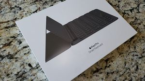 Apple iPad Pro 10.5 inch Smart Keyboard New, SEALED! for Sale in Greenville, SC