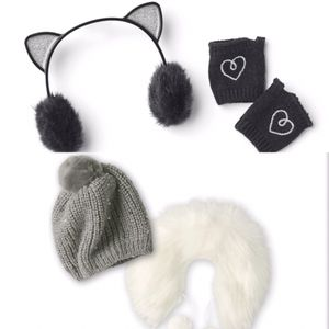 American Girl Truly Me Winter Accessories for Sale in Los Angeles, CA
