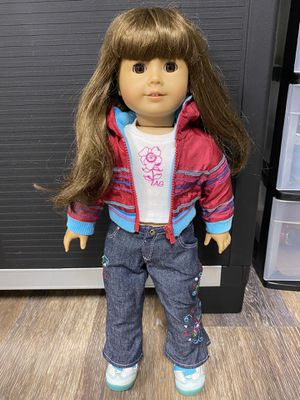AMERICAN GIRL DOLL for Sale in Elk Grove Village, IL