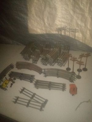 75+ pieces of all metal Lionel Train track for Sale in Fresno, CA