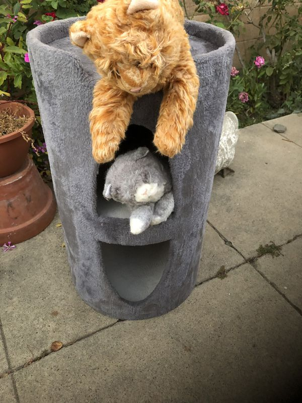 Cat 3 Level Super Sturdy Condo