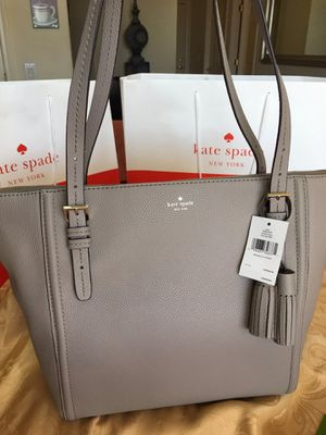 Brand New Kate Spade Leather Purse Authentic $190 for Sale in Phoenix, AZ