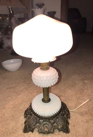 """15"""" Antique English Hobnail Milk Glass Hedco GWTH HURRICANE LAMP on 4 FOOTED BRASS PEDESTAL for Sale in Plainfield, IL"""