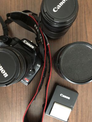 Canon, camera, lens, battery for Sale in New York, NY