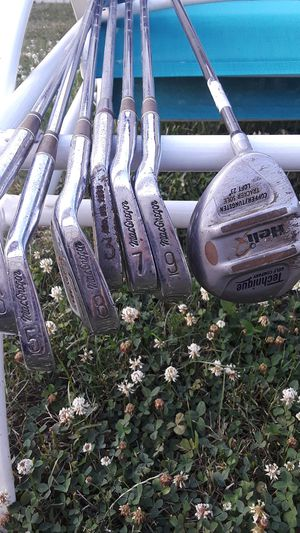 Left handed golf clubs for Sale in Taylor, MI