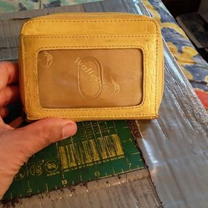 Card & Money Wallet/Please buy it.Pick up only.I'm located in Downtown Los Angeles California.90012. Cash only. Need It Gone. for Sale in Los Angeles, CA