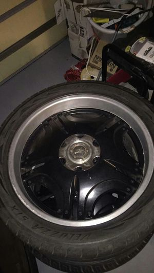 22 in rims tire good for Sale in Fort Meade, FL