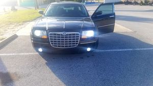 2008 Chrysler 300 executive series for Sale in Hudson, FL
