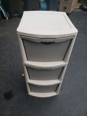 Plastic drawer set for Sale in Norristown, PA