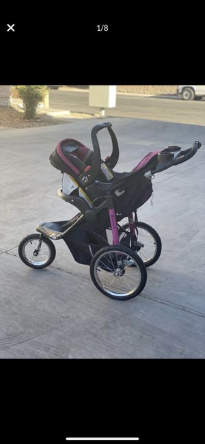Baby trend car seat and stroller with base for Sale in Las Vegas, NV
