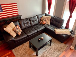 Leather Sectional couch for Sale in Baltimore, MD