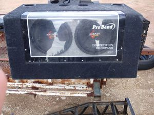 Speakerbox with amp for Sale in Penrose, CO
