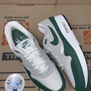 Air max 1 Pine size 11 for Sale in Milwaukee, WI